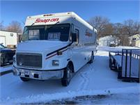 22'  Priced-To-Sell! / Single Owner / Low Mileage / 01' Freighliner / Been A Great Truck