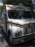 24' P60 snapon tool truck with twin a/c and new generator Turn Key