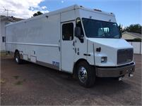 28' AWESOME tool truck or future FOOD truck DIESEL GEN and DUAL AC